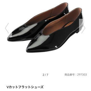GU - 新品タグ付 GU  Vカットフラットシューズ*ブラック*S