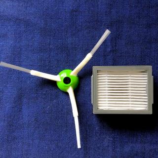 iRobot - ◆純正 新品 ネジ付◆ ルンバ e5 i7 エッジブラシ & フィルター セット