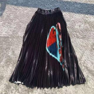 ヴァレンティノ(VALENTINO)の「新作」 ☆VALENTINO☆ プリーツスカート(ひざ丈スカート)