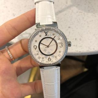 LOUIS VUITTON - ルイヴィトン 腕時計 女性用 腕時計 ホワイト