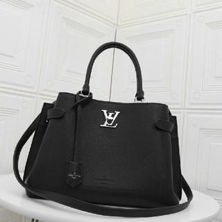 LOUIS VUITTON - LVハンドバッグ