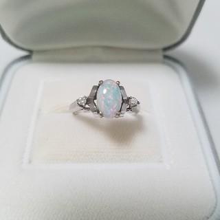 オパール / ダイヤ 14KWG♥️デザインリング♥️お洒落れ / 美品‼️(リング(指輪))