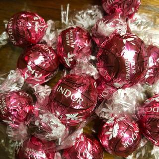 Lindt - Lindt リンツ ☆ チョコレート ストロベリー 20個
