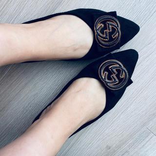 新品未使用 バックルつき パンプス 黒 バレエシューズ ぺたんこ靴(ハイヒール/パンプス)