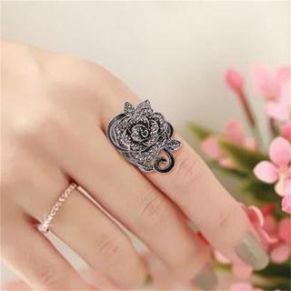 特価!ゴシックな薔薇のリング 12〜14号相当 プレゼントにも◎(リング(指輪))