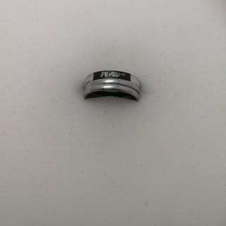新品 ファッションリング 三連 17号 rb45(リング(指輪))