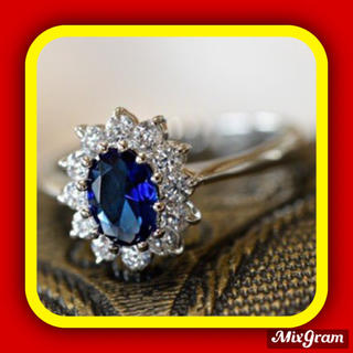 SWAROVSKI - ✨定価8800円✨★SWAROVSKI★ゴージャス リング 指輪 サファイア色