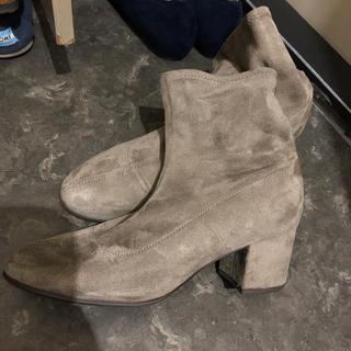 ユニクロ(UNIQLO)のユニクロ♡ソックスブーツ(ブーツ)