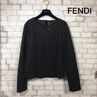フェンディ(FENDI)のFENDI トップス(トレーナー/スウェット)