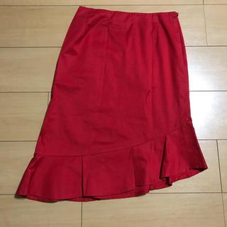 ビバユー(VIVAYOU)のビバユー 赤斜め下がりスカート M(ひざ丈スカート)