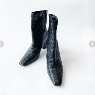 シールームリン(SeaRoomlynn)のSQUAREヒールショートブーツ(ブーツ)