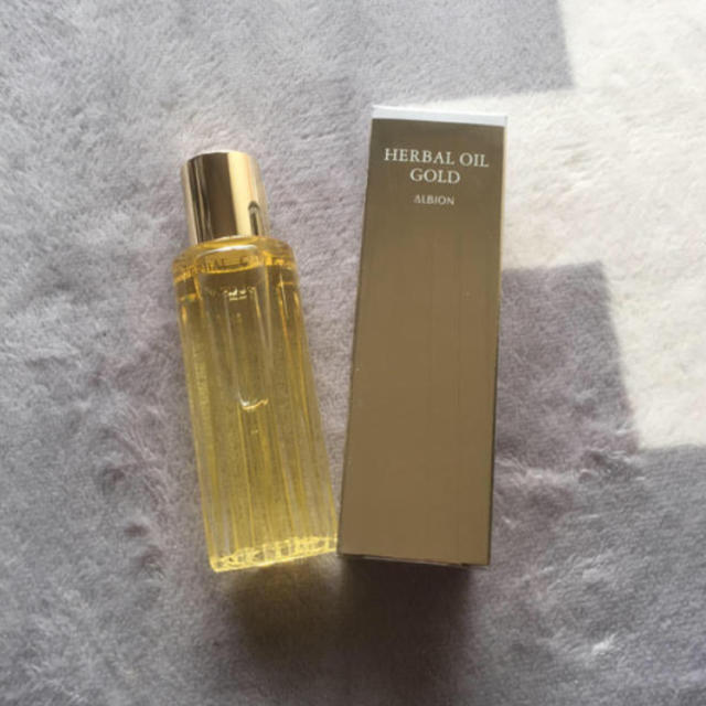 ALBION(アルビオン)のアルビオンハーバルオイルゴールド コスメ/美容のヘアケア(オイル/美容液)の商品写真