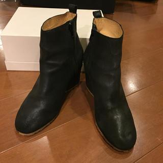 エムエムシックス(MM6)のマルタンマルジェラ MM6 ショートブーツ ブーツ レディース 黒 足袋ブーツ (ブーツ)