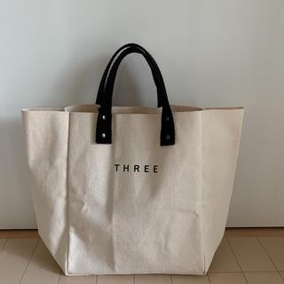 THREE - THREE ノベルティトートバッグ 【THREE AOYAMA 5周年記念】