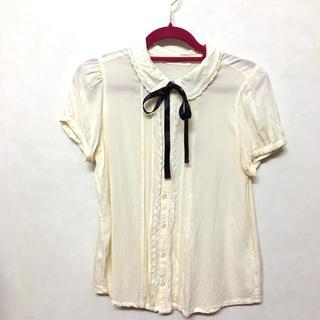 ダブルクローゼット(w closet)のブラウス(シャツ/ブラウス(半袖/袖なし))