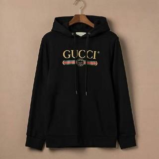 Gucci - 【値下げを限定する】 パーカー