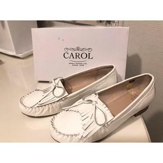 マルイ(マルイ)の【未使用】おしゃれ carol キャロル 25.5cm フラット定価1.2万円(ローファー/革靴)