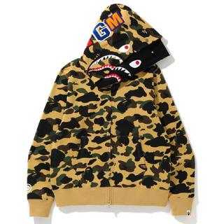 A BATHING APE - bape  shark hoodie