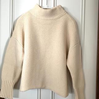 スピックアンドスパン(Spick and Span)のSpick and Span ハイネックホワイトセーター(ニット/セーター)