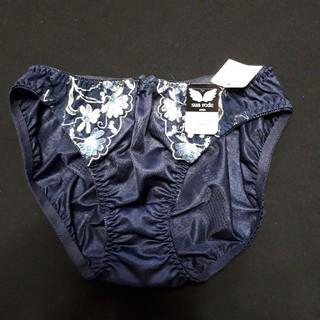 可愛い花💐刺繍のネービーショーツ新品未使用(ショーツ)