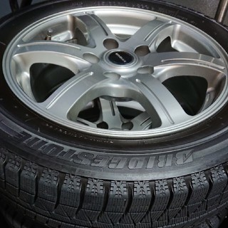 ニッサン(日産)のブリジストン スタッドレスタイヤ ホイール4本セット (タイヤ・ホイールセット)