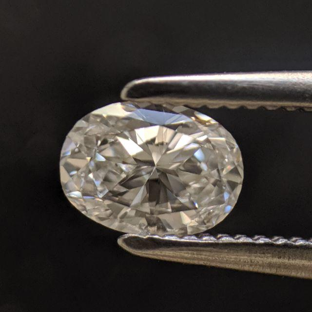 ルースダイヤモンド /OVAL/CHUO鑑定書つき レディースのアクセサリー(その他)の商品写真