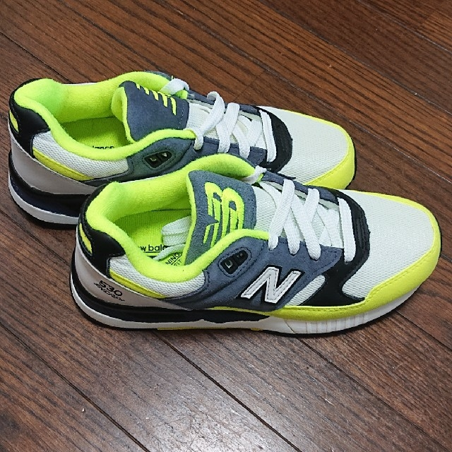 New Balance(ニューバランス)のニューバランス スニーカー  23センチ キッズ/ベビー/マタニティのキッズ靴/シューズ (15cm~)(スニーカー)の商品写真