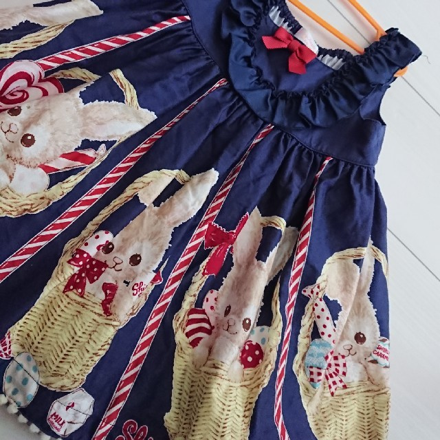 Shirley Temple(シャーリーテンプル)のシャーリーテンプル うさぎ 紺 90 キッズ/ベビー/マタニティのキッズ服 女の子用(90cm~)(ワンピース)の商品写真