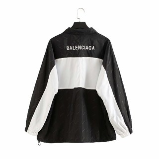 バレンシアガ(Balenciaga)のBalenciaga  ジャケット 新品未使用(パーカー)