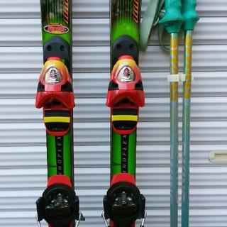 エラン(Elan)のスキー板(エラン)とポール(スワンズ)(板)
