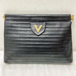 ヴァレンティノ(VALENTINO)のマリオ ヴァレンティノ レザークラッチバッグ 黒(クラッチバッグ)