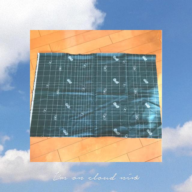mina perhonen(ミナペルホネン)の⚮ミナペルホネン choucho  ファブリック 生地  green ♬ ハンドメイドの素材/材料(生地/糸)の商品写真