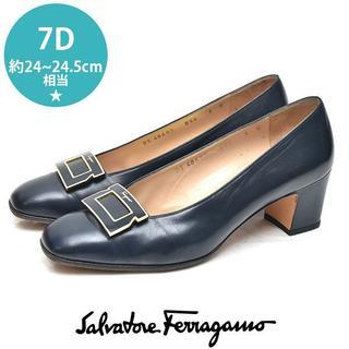 Salvatore Ferragamo - フェラガモ プレート パンプス 7D(約24-24.5cm)