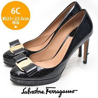 Salvatore Ferragamo - フェラガモ ヴァラリボン エナメル ヒールパンプス 6C(約23-23.5