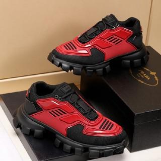 プラダ(PRADA)のプラダ スニーカー 黒/赤(スニーカー)