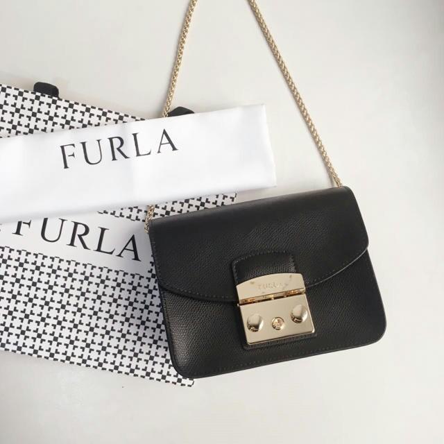Furla(フルラ)の可愛い商品◆新品未使用◆綺麗 ◆Furla ショルダーバッグ  レディースのバッグ(ショルダーバッグ)の商品写真