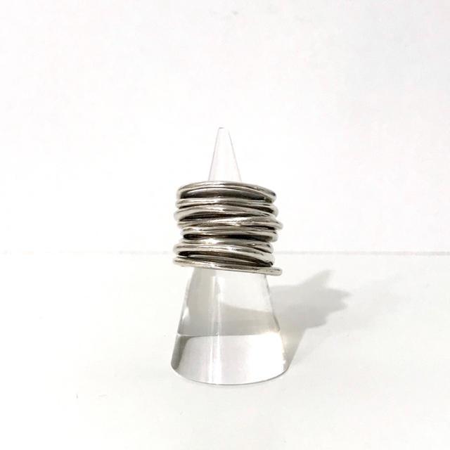 IOSSELLIANI(イオッセリアーニ)のIOSSELLIANI 8連リング イオッセリアーニ パズルリング シルバー レディースのアクセサリー(リング(指輪))の商品写真
