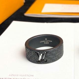 LOUIS VUITTON - お勧め ルイヴィトン 指輪 8号 ブラック 刻印ロゴ メンズ