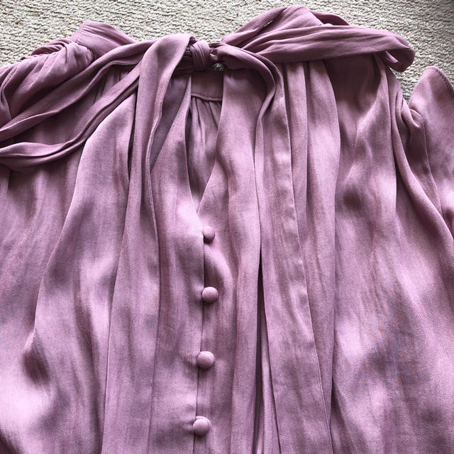 snidel(スナイデル)のsnidelツイルカッセン2wayブラウス レディースのトップス(シャツ/ブラウス(半袖/袖なし))の商品写真