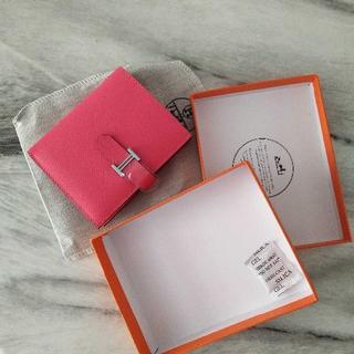 Hermes ローズリップスティク ベアン コンパクト ピンク 折財布