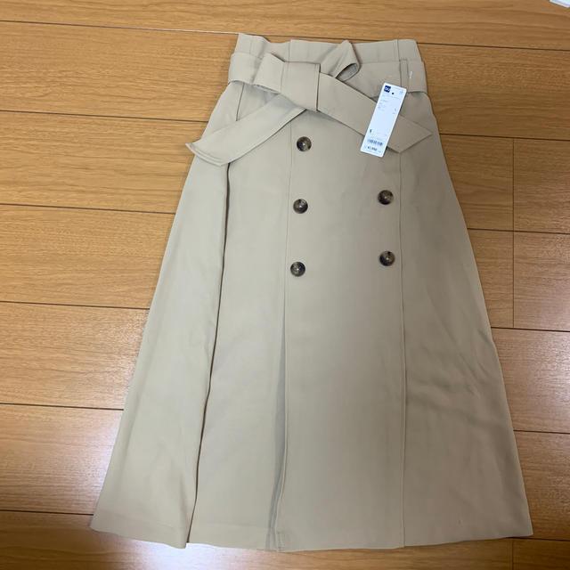 GU(ジーユー)のGU  トレンチAラインスカート sachi♡様専用 レディースのスカート(ひざ丈スカート)の商品写真
