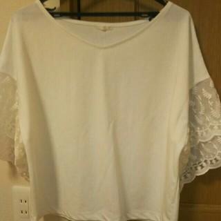 ジーユー(GU)の美品♥GUトップス ホワイト XL(カットソー(長袖/七分))