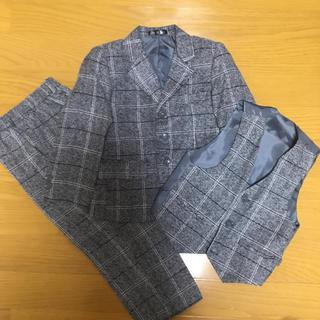 新品未使用スーツ3点セット 95-100