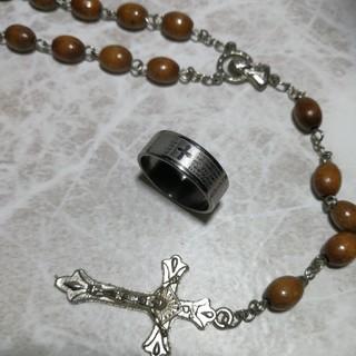 十字架にキリル文字 新品 ファッションリング 18号 rb51(リング(指輪))
