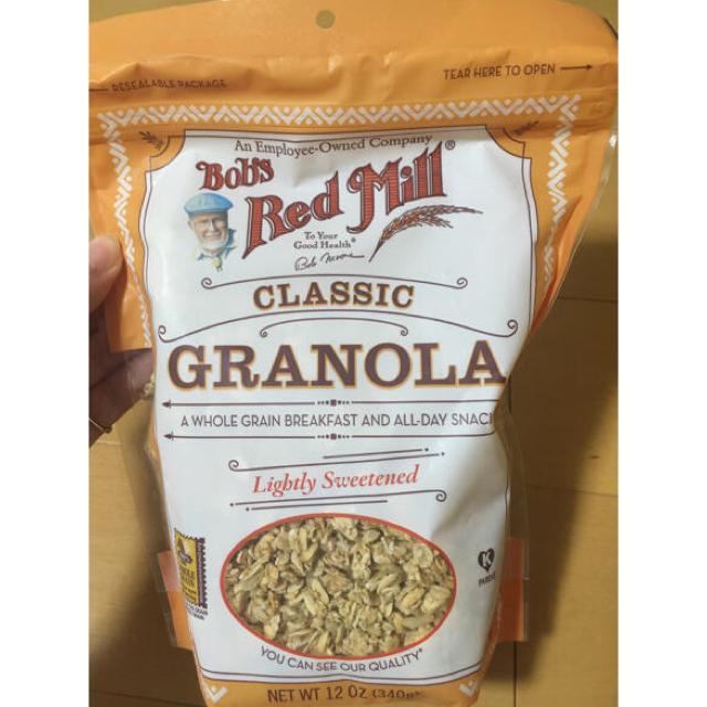 全粒粉 グラノーラ ボブズレッドミル クラシックグラノーラ 340g 食品/飲料/酒の食品(米/穀物)の商品写真