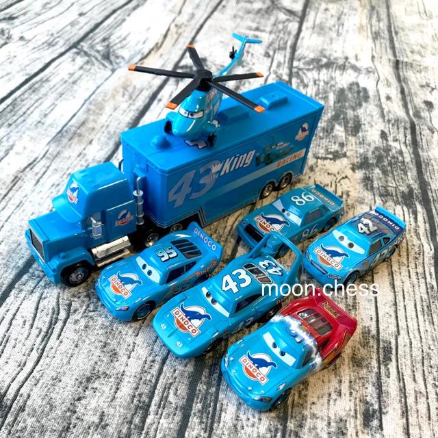 Disney(ディズニー)の【新品】海外 ディズニー カーズ マテル トラクター ミニカー  7点セット エンタメ/ホビーのおもちゃ/ぬいぐるみ(ミニカー)の商品写真