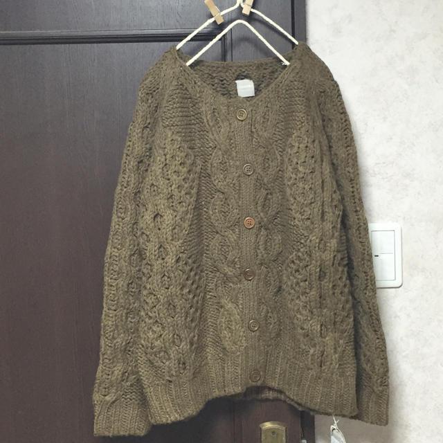 SM2(サマンサモスモス)のTSUHARU 新品 ケーブル手編みニットカーディガン キャメル レディースのトップス(カーディガン)の商品写真