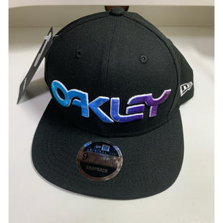 Oakley - オークリー キャップ 6 PANEL GRADIENT HAT ニューエラ 黒