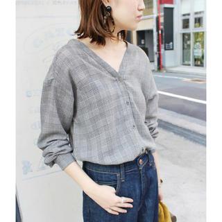 IENA SLOBE - 新品 定価10800円 SLOBE IENA ガーゼVネックシャツ