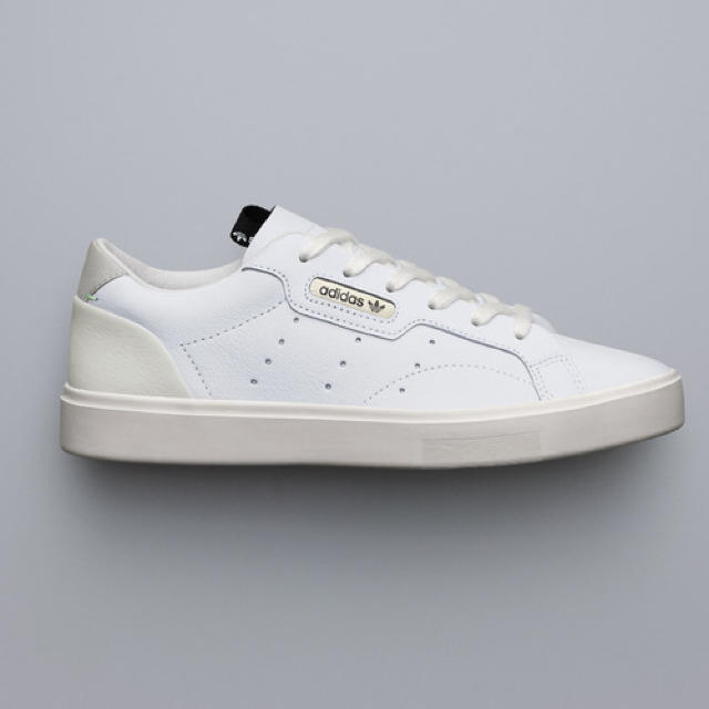 adidas(アディダス)の新品 アディダス スリーク SLEEK 23.5㎝ レディースの靴/シューズ(スニーカー)の商品写真